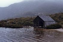 Hütte am Ufer des Lake Dove