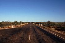 Stuart Highway, immer gerade aus